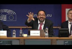 Dr Jose-Luis Fernandez    Considerations for investment policy decisions